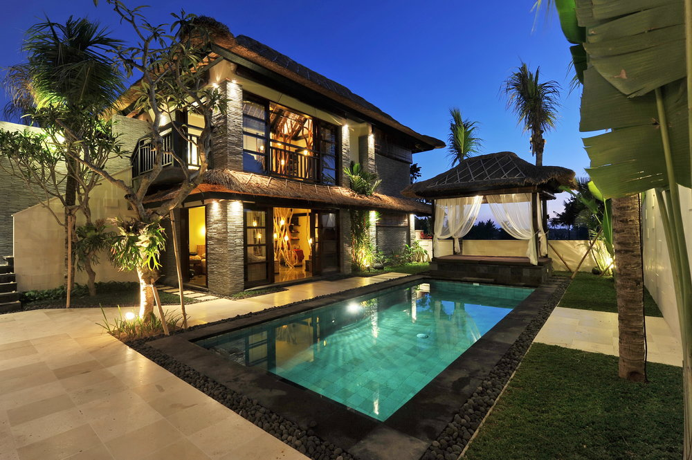 Luxury Home.jpg