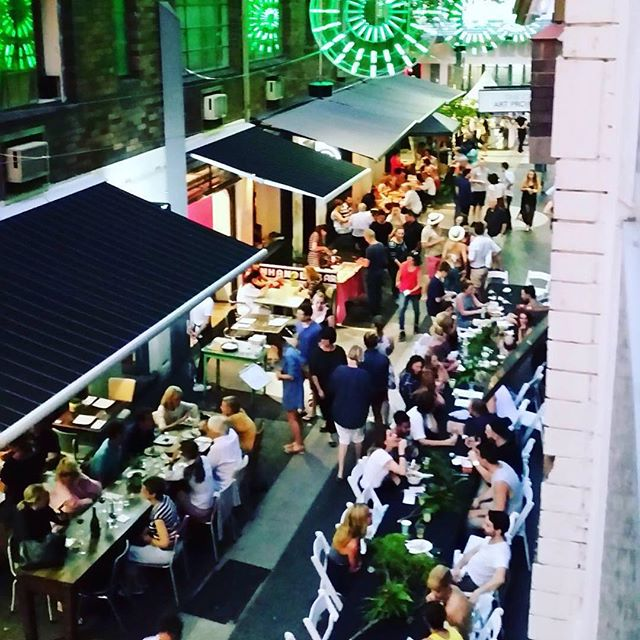 #Repost @thesydneyconnection with @repostapp. ・・・ An aerial view of the Llankelly Place Long Table  #sydneyinsummer #keepsydneyopen #kingscrossfestival #winedinelocal #pottspointpartnership #food #llankellyplace #thesydneyconnection