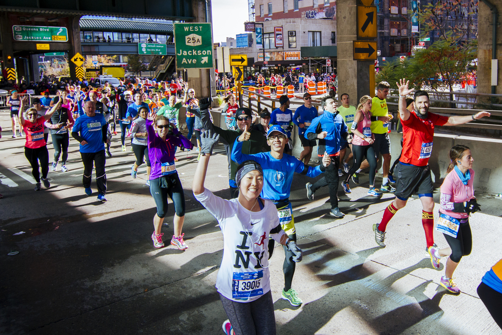 Runners enter the Queensboro Bridge en route to Manhattan in the 2014 TCS New York City Marathon. (Courtesy NYRR)