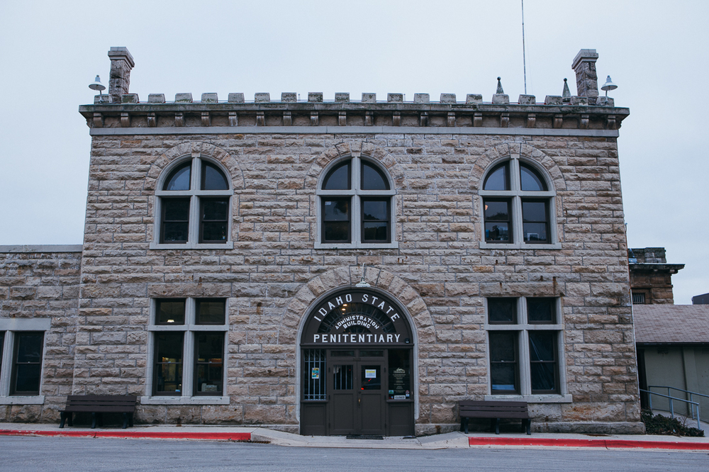 On my itinerary was the 100 year old Idaho State Penitentiary.  From my research it was one of the few things that sounded interesting in Idaho, besides eating potatoes, which I didn't get a chance to...