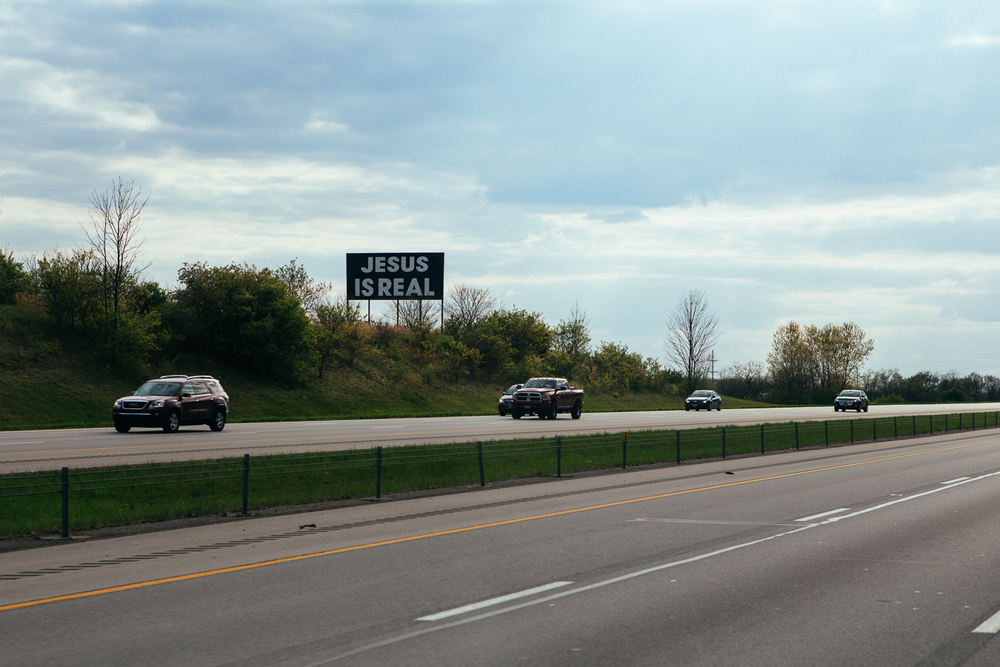 Didn't get an Indiana state border sign, but got saw this instead.