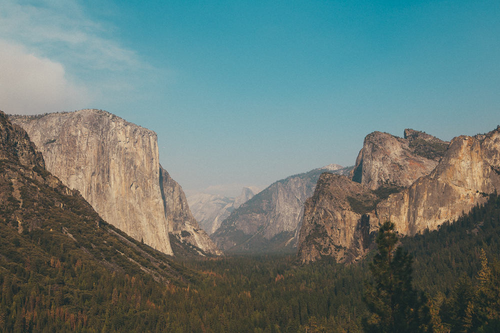 The tourist view at the tunnel turnoff. You have to bump shoulders to get this classic postcard photo of El Capitan.