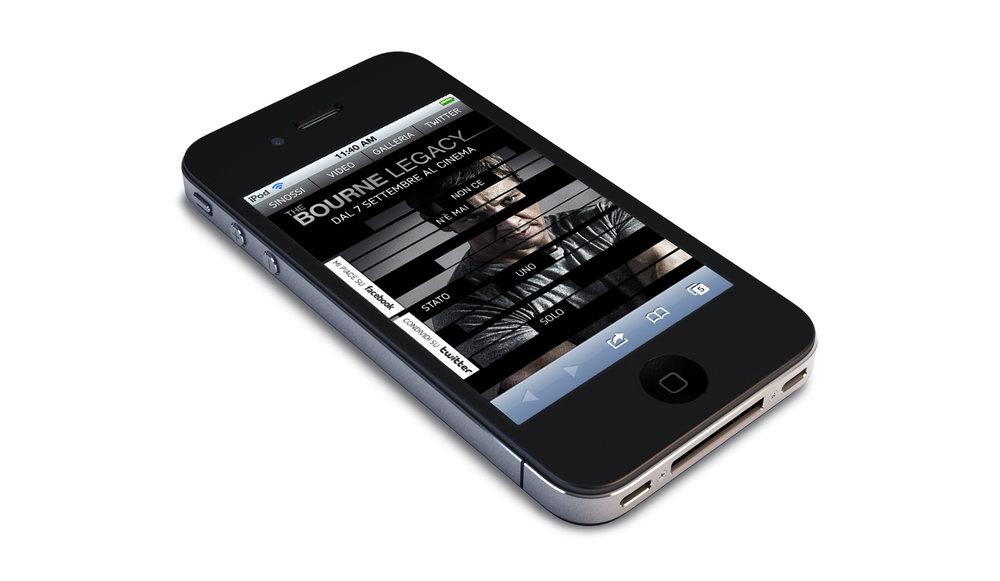 Bourne_Home_iPhone_Italy.jpg