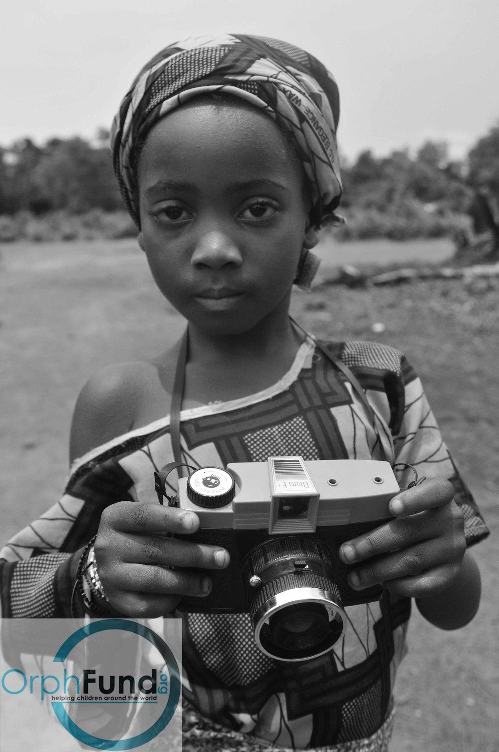 65 girl with camera copy - Copy.jpg