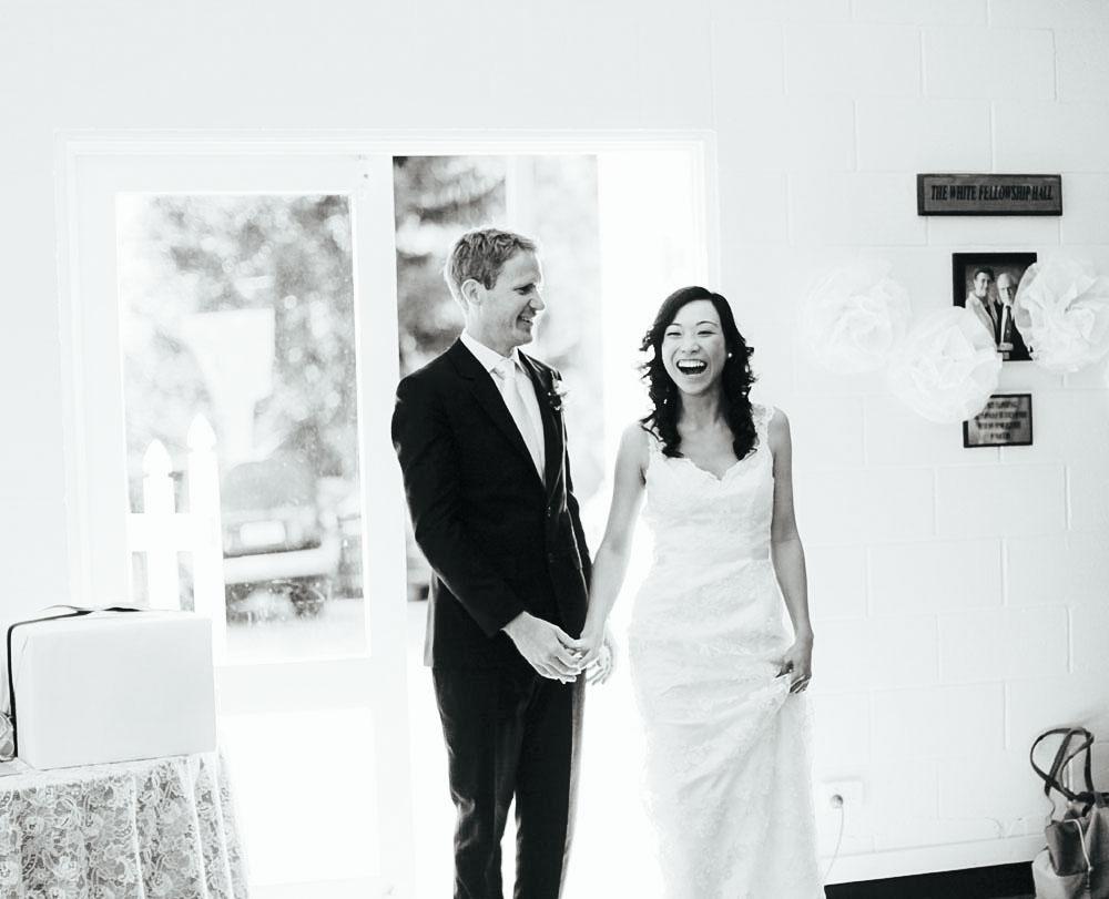 hinterland baptist gold coast brisbane wedding photographer wedding albums finch and oak paul bamford25.jpg