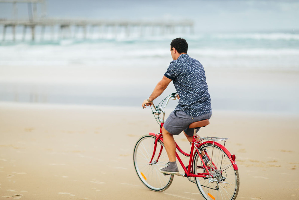 05 Gold Coast Wedding Photographer Beach.jpg