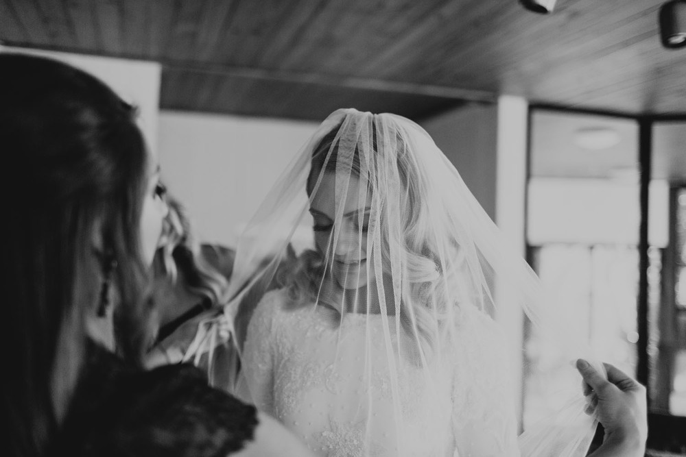 brisbane byron bay gold coast wedding photographer Finch & Oak_025.jpg