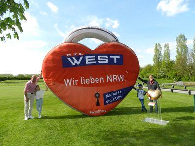 Übergabe des Hätz för Kölle an die Cologne Golfer