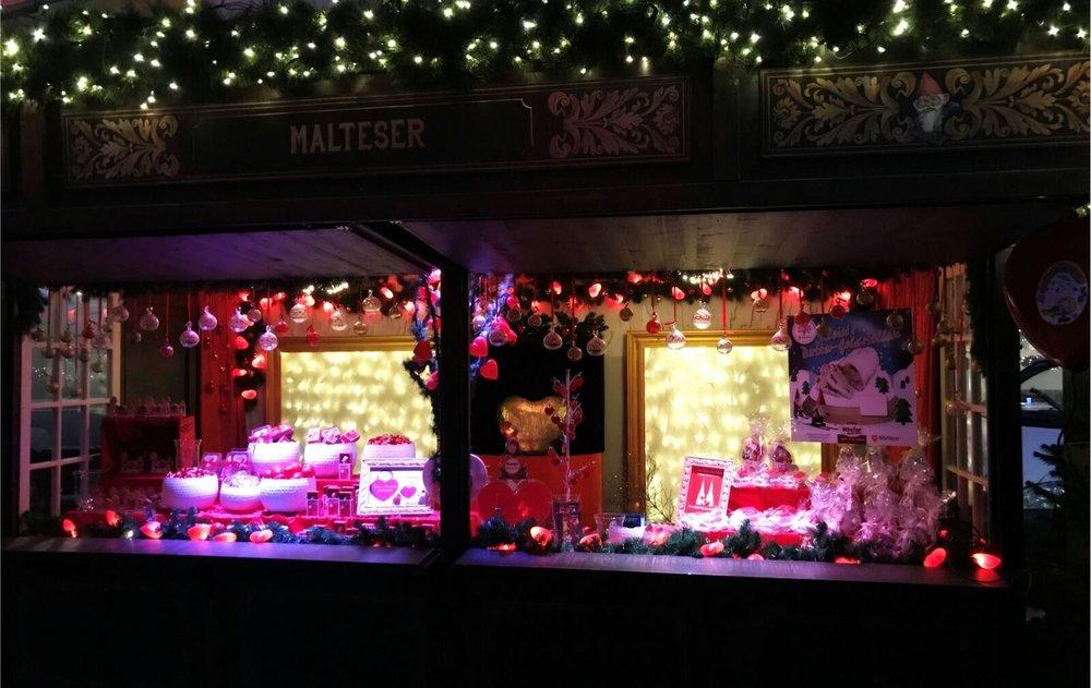 Malteser Weihnachtshuette.JPG