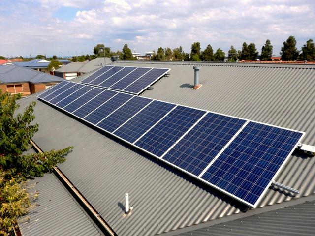 pakenham solar installation