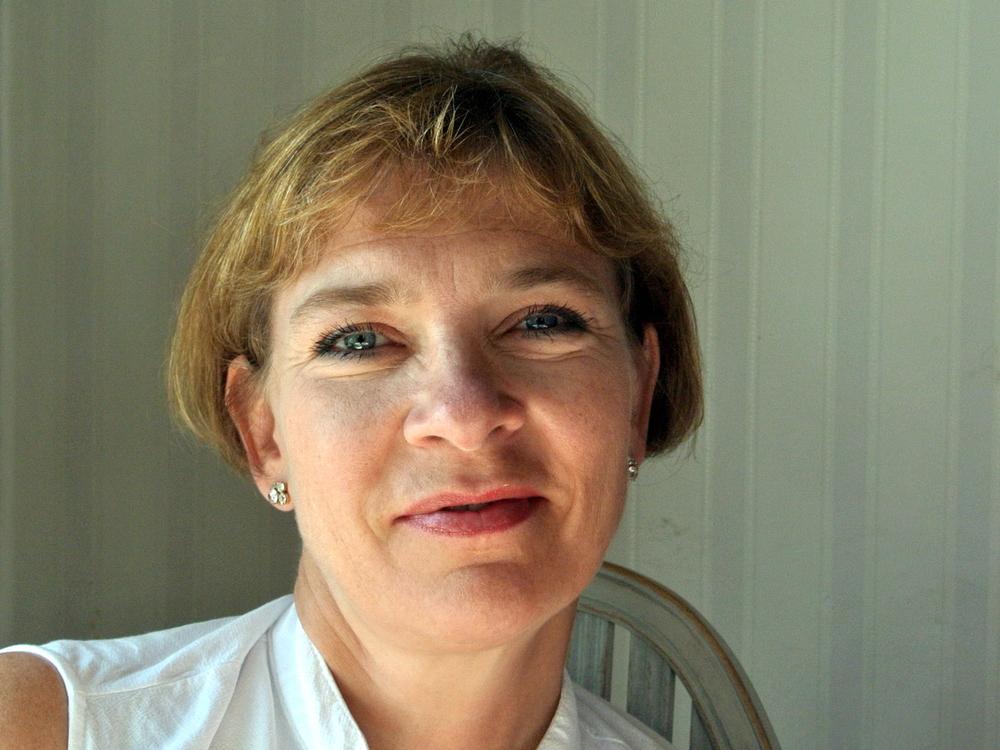 Sandra Hartley