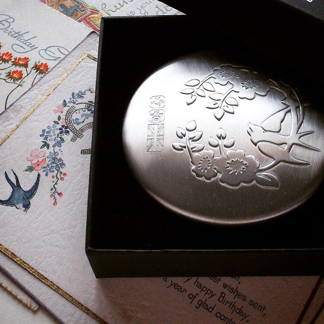 Made 100% in Britain - our Rose & Swallow design now a solid #sheffield #pewter pocket mirror, with maker's marks. Hand-turned so each unique. #madeinbritain #madeinengland #craftmanship #rose #bird #yorkshire #ukmade #handmade #gift #britishstyle