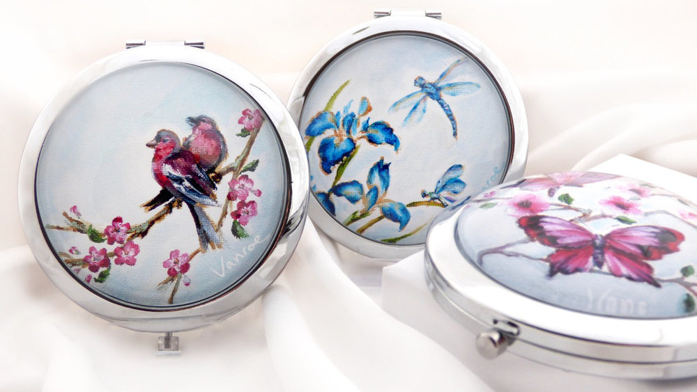 new compact mirror gift vanroe
