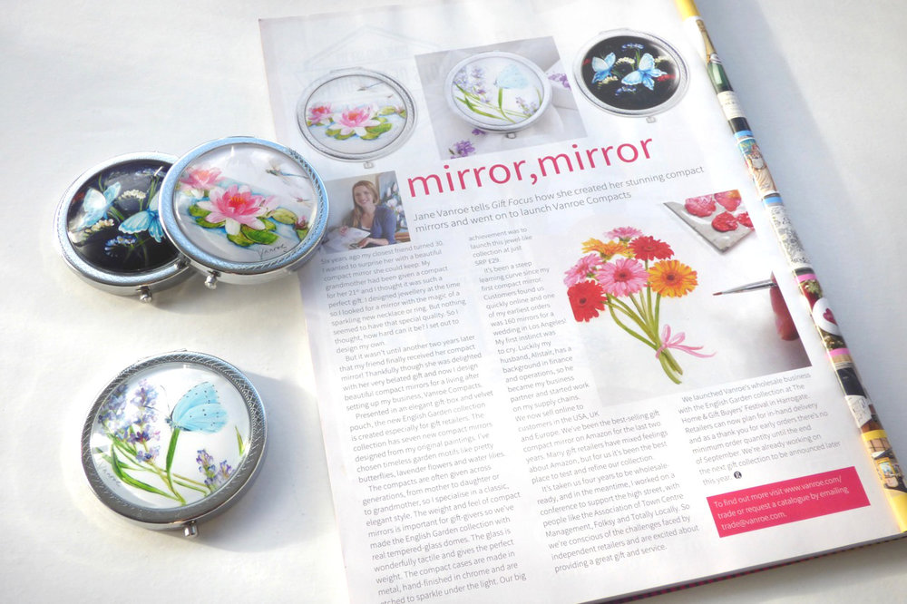 gift focus magazine vanroe compacts
