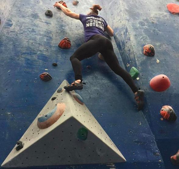 rockclimbing.png