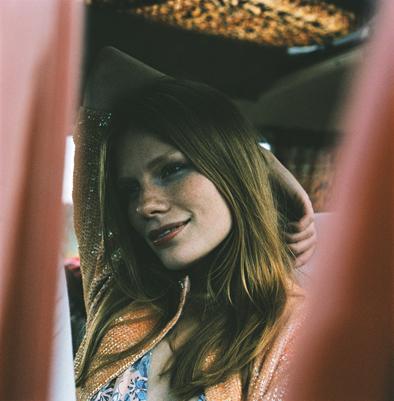 Annett Oliveri - Model