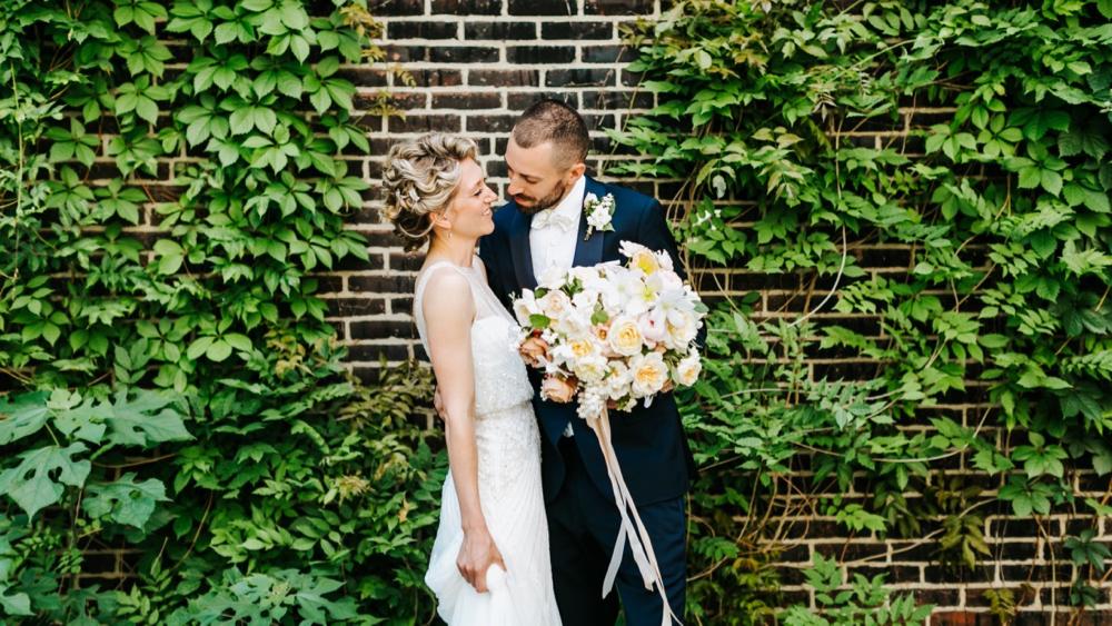colonial-dames-philadelphia-wedding-photographer-008.jpg