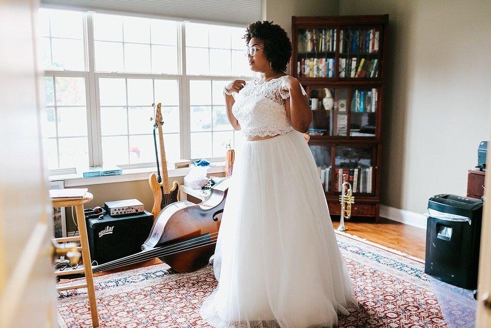 Summer wedding bride prep photos at Naval Square, Philadelphia by Danfredo Photos + Films