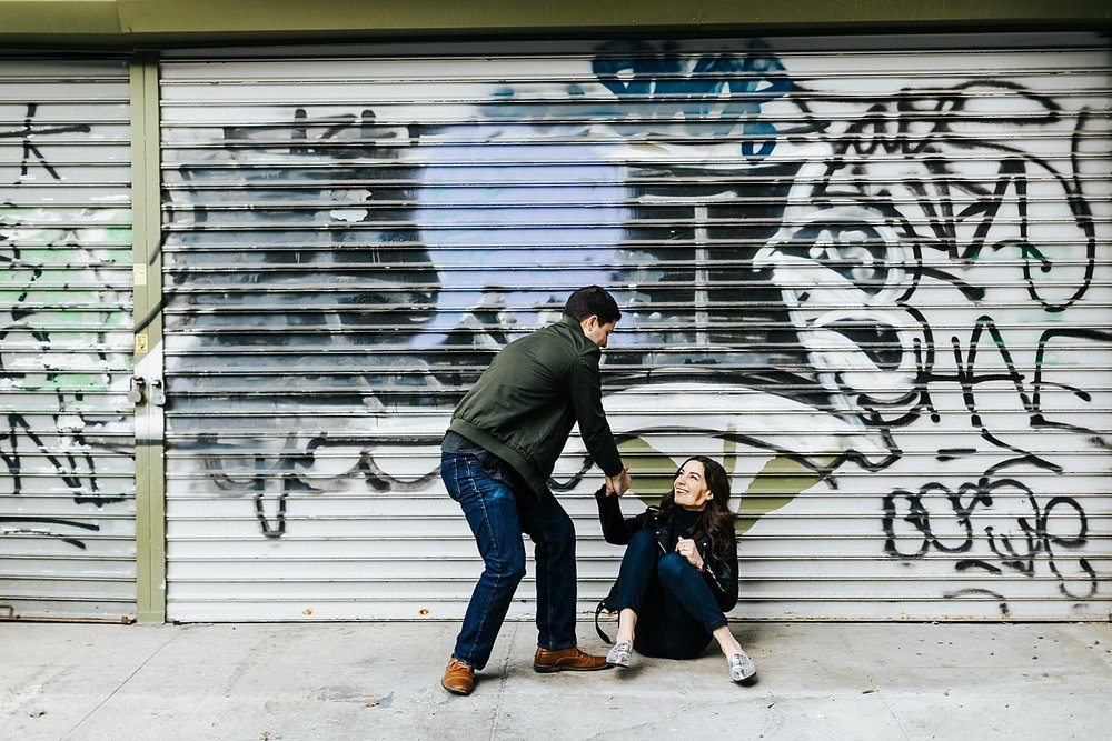 Winter engagement session at williamsburg, brooklyn by danfredo photos + films