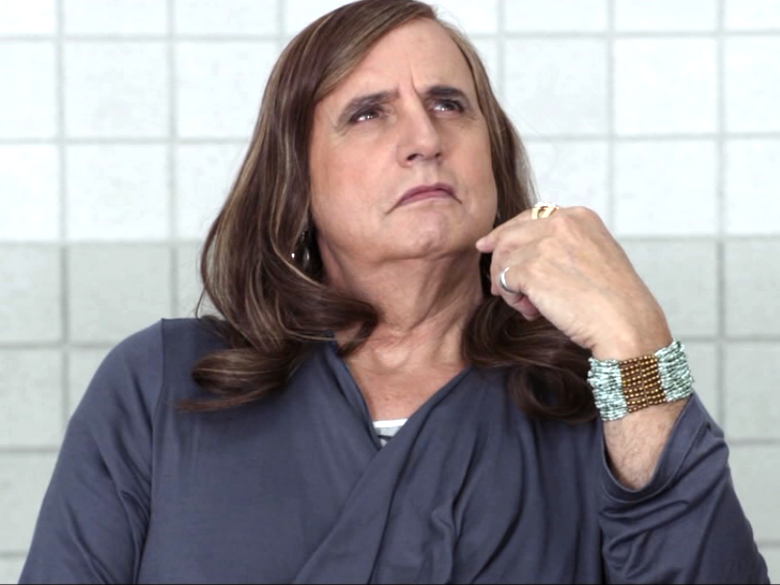 Jeffrey Tambor Goes Girl