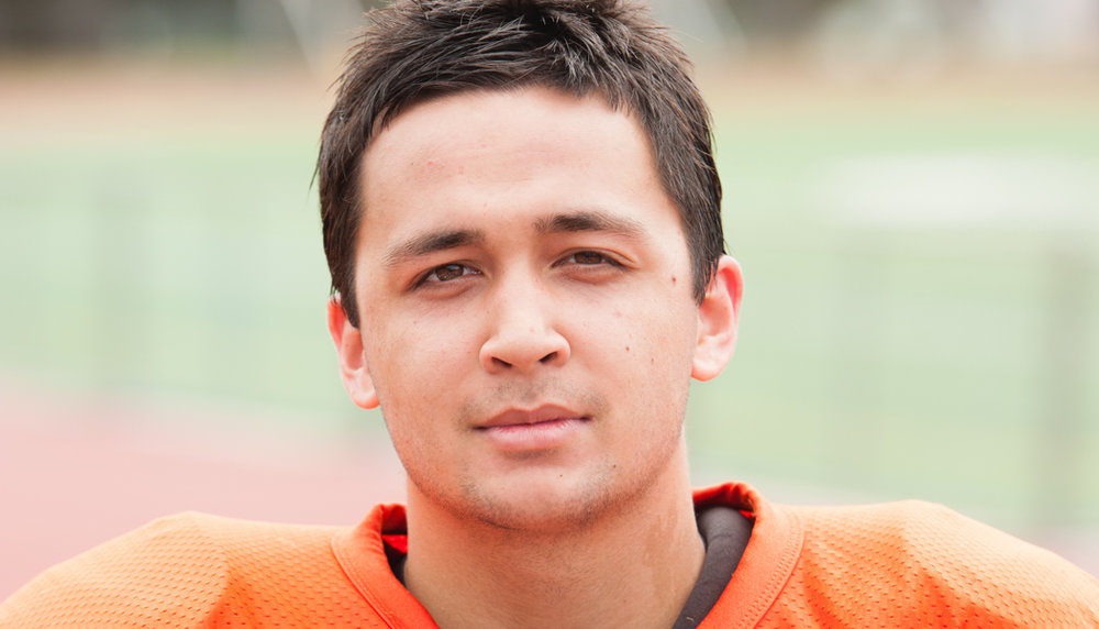 #35 JESSE LUIS    Running Back / Defensive Back  Senior