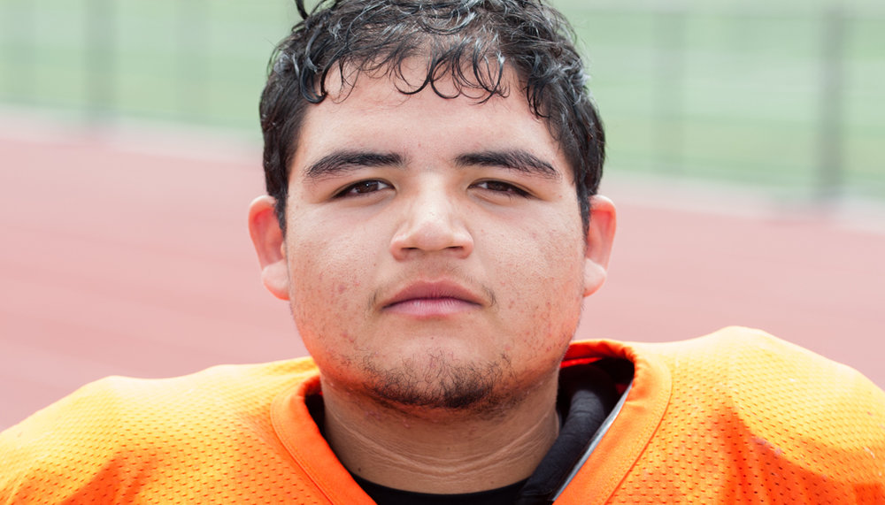 #75 JOSE RODRIGUEZ Offensive / Defensive Line Senior