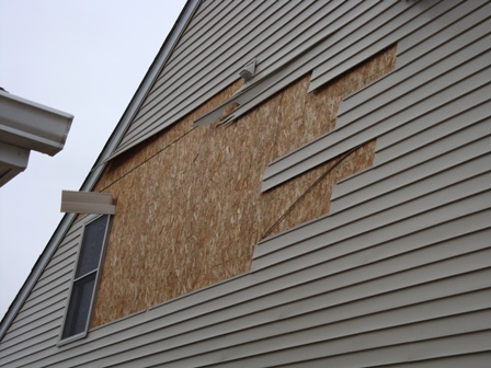 WIND DAMAGE - SIDING