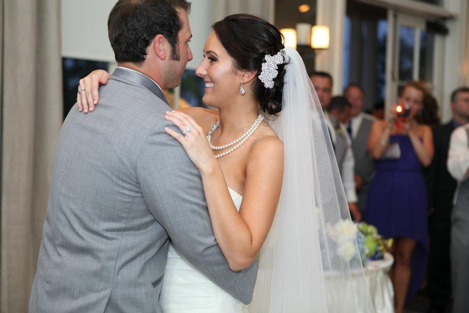 Bride Holly Morris 002.jpg