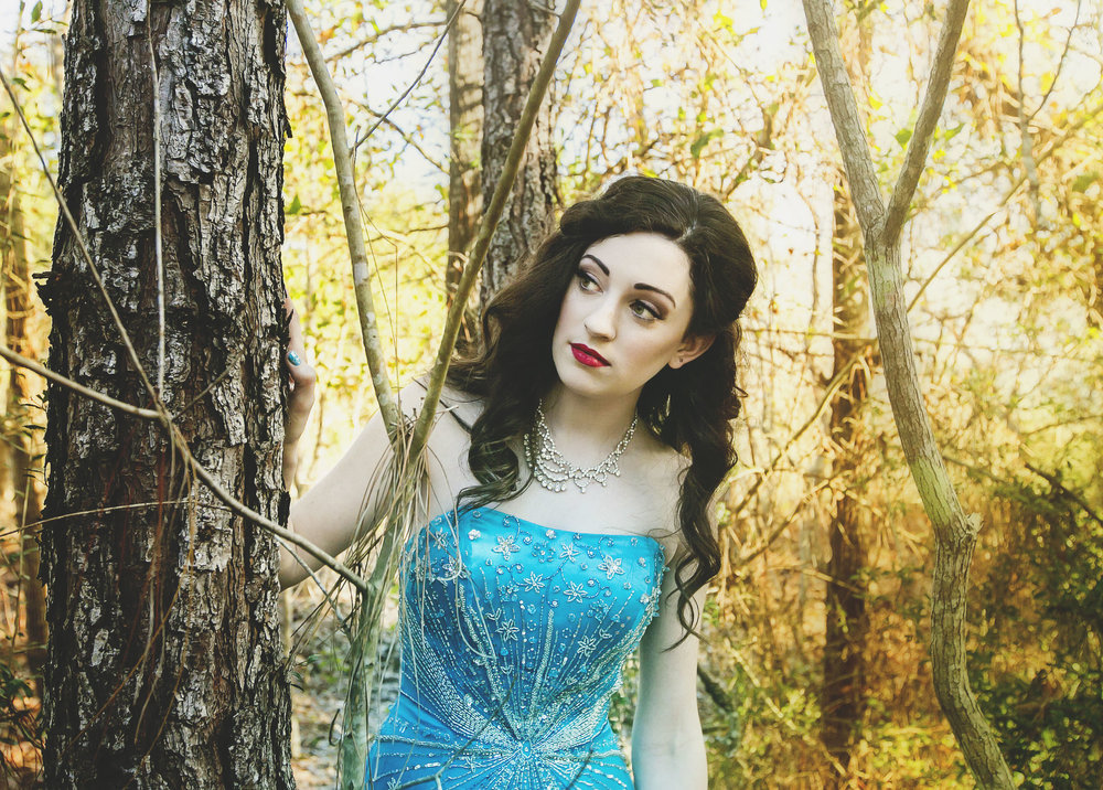 Snow White | Verde Beauty | New Orleans Styled Shoot