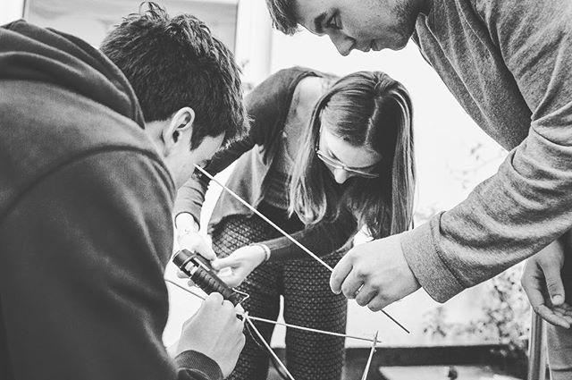 Modellbau Bühnendesign im Deko-/VJ Workshop  Meld dich an bis zum 15.02. auf www.madebyself.de 🙌🏻 #madebyself #workshop #2017