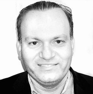 Gil Pagovich Headshot.png