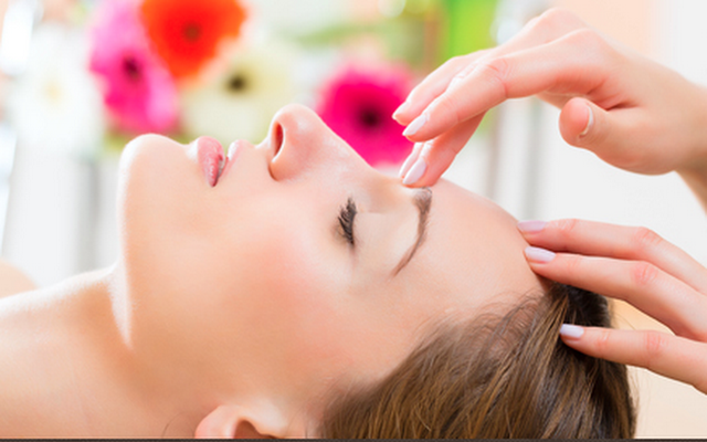 Massage Therapy Relieves Pain and Stress