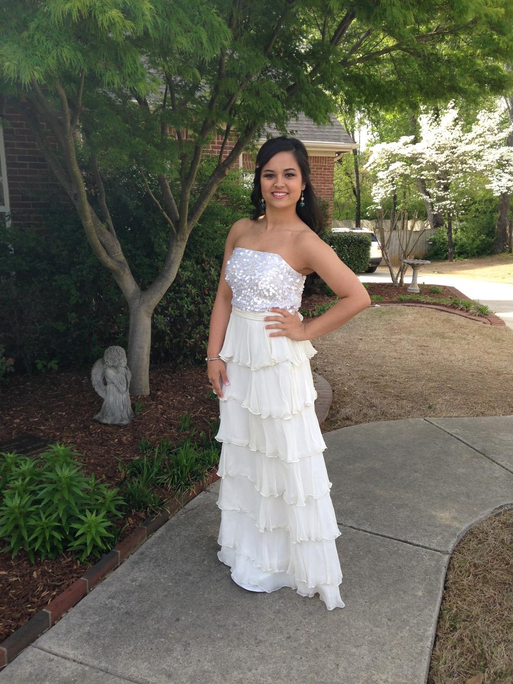 Lauren Prom Dress IMG_0218.jpg