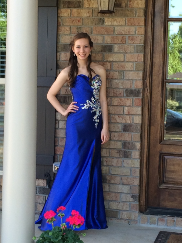 Hey look, Sarah DID send me a picture of her blue prom dress!