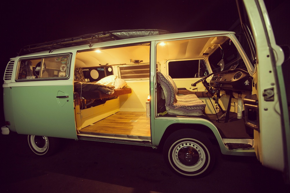 jarett in a vw bus tiny house tiny footprint rh tinyhousetinyfootprint com vw bus birdhouse VW Bus Interior with Bed