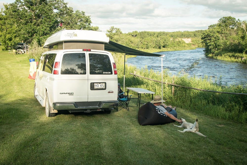 Chilling by the Roseau River, Manitoba, Photo: Samuel Rocheleau
