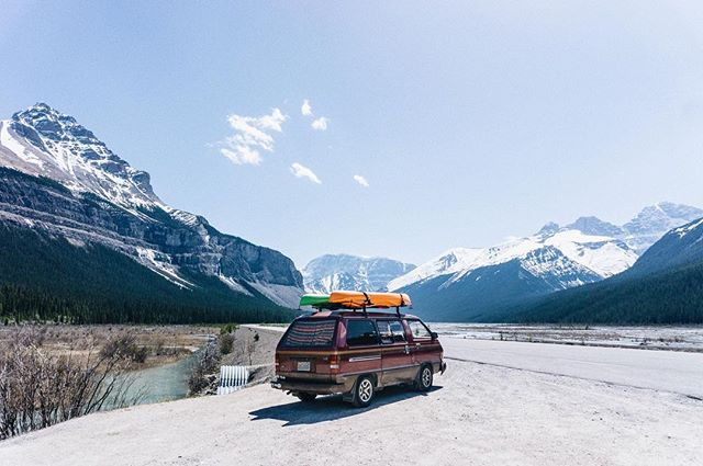 There's not enough people traveling around in old Toyota vans. And anyone who's ever searched for a unicorn knows it only comes when you're not expecting it to show itself. That's how I stumbled across @wildwinona in the Instagram universe. This built-out '85 Toyota van belongs to my new friends Claire + Arley. It turns out we have a lot more in common than a love for vintage vans. We're also trying to balance how to spend time in nature unplugged while also finding a way to make life in the road a sustainable way to travel. Find out how these two converted 30 square feet into a mobile studio and why they are leaving #vanlife for a more permanent home. (link in bio) 📷 @wildwinona
