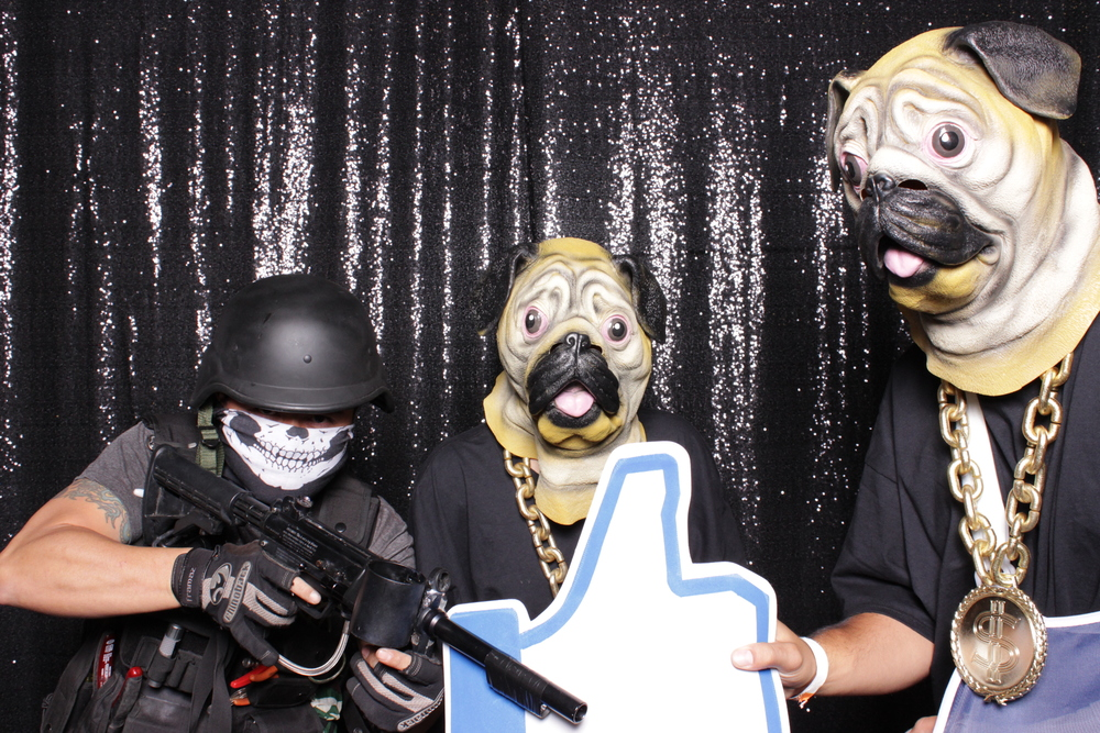 chico-photo-booth-rental-halloween-party-pug-thugs