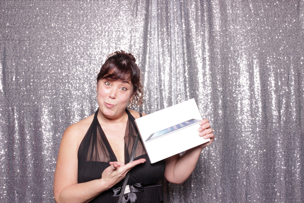 They had such sweet giveaway prizes, this woman won an iPad!