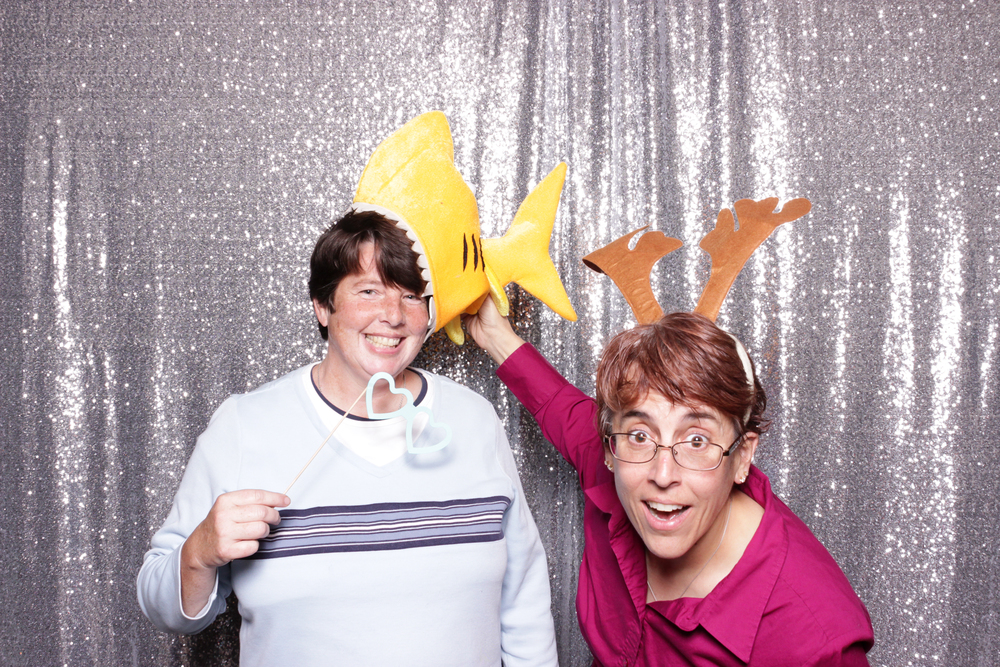chico-california-photo-booth-rental-holiday-party-valley-oak-fun-shark