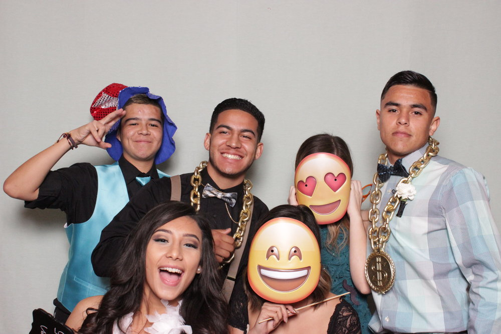 chico-prom-rentals-photo-booth