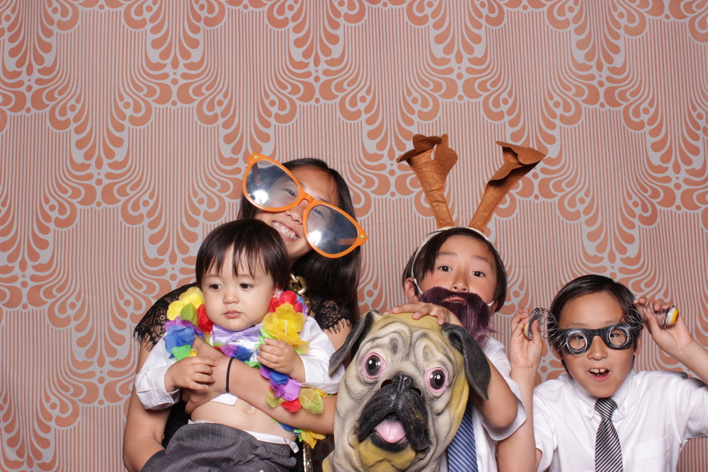 chico-photo-booth-rental-fun-asian-family