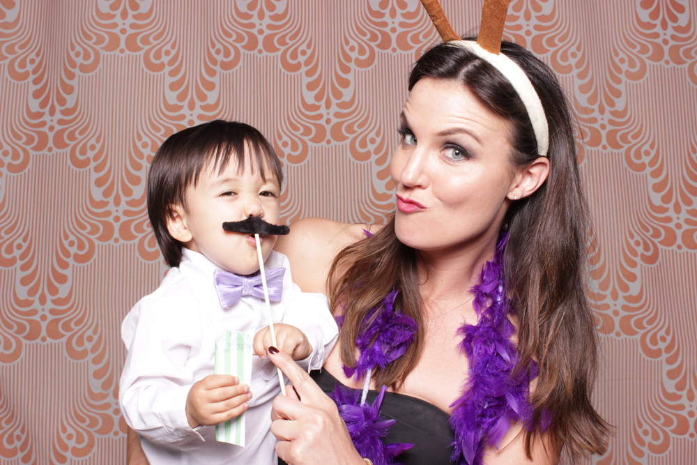 chico-photo-booth-rental-reception-guest-activities