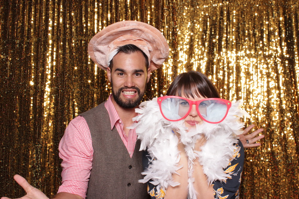 chico-photo-booth-rental-cute-couple