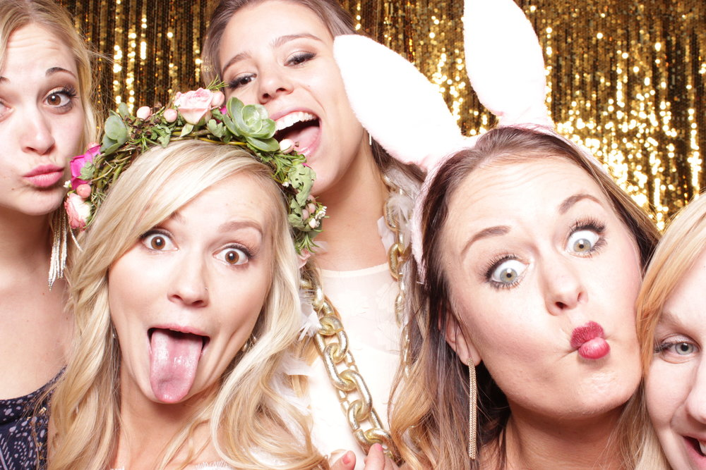 chico-wedding-photo-booth-rental-bridesmaids