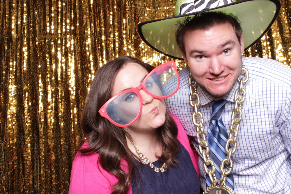 chico-wedding-photo-booth-rental-bridal-party