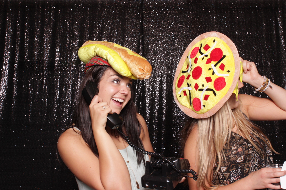 chico-open-air-photo-booth-style-hot-dog-pizza-hat