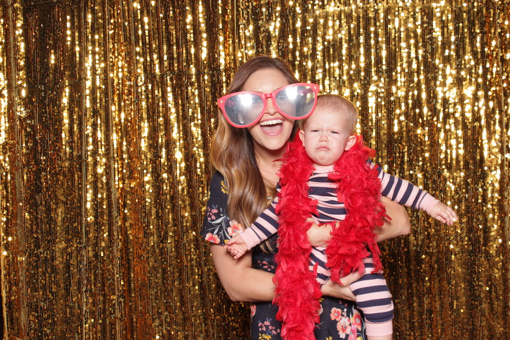 photo-booths-in-chico-rental-wedding-baby-unhappy