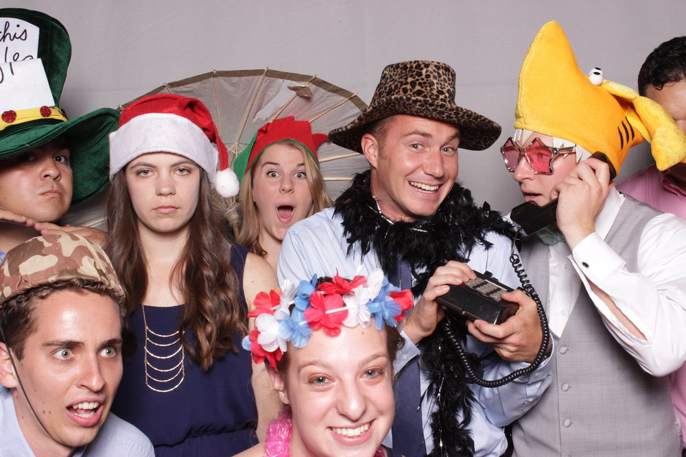 photo-booth-rental-chico-california-gale-vineyards-wedding-hilarious-people