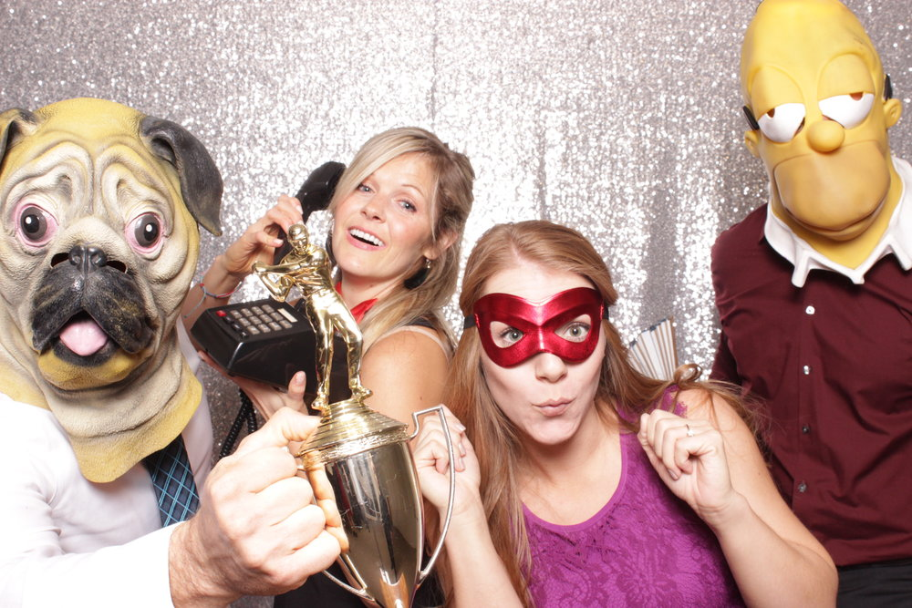 Chico-photo-booth-rental-make-memories